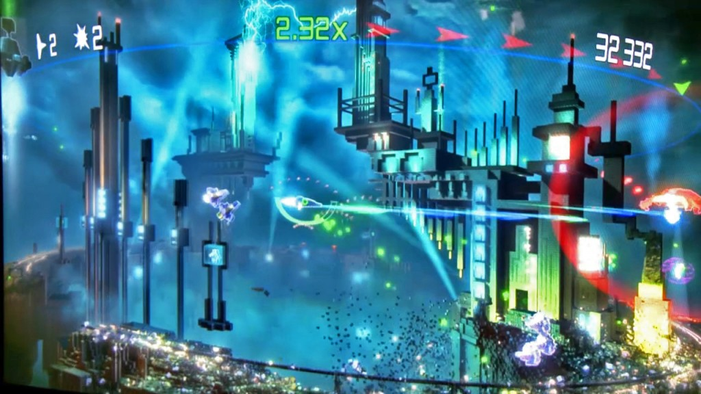 Resogun_Gameplay-copy